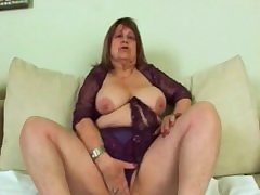 Sideways banging for fat granny Dominika cunt