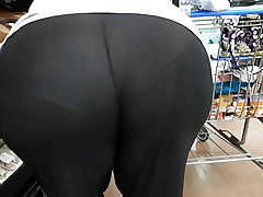 Plus-size phat ass white girl gilf seethrew yoga trousers sorry couldn't edit