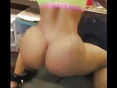 butt  clapping and twerk 3