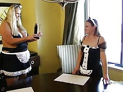 Splattering Maid