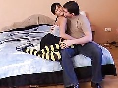 Super-steamy bee tights honey fucks firm on bed